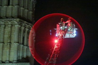 kent firefighters learn how to tackled potentially devastating fire at rochester cathedral 32