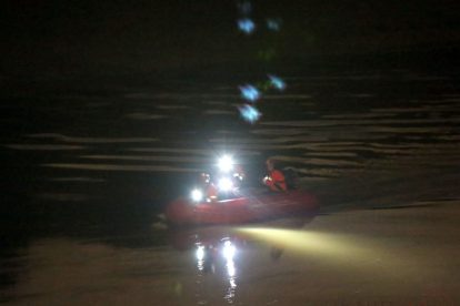 major search after someone is spotted in the water on the river medway 15