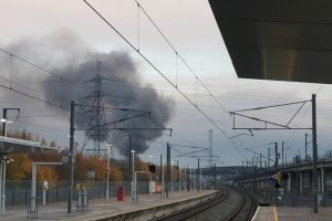 forty firefighters have been sent to tackle a building ablaze in swanscombe 1