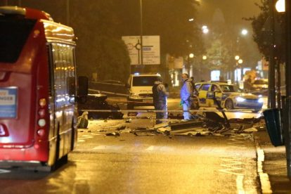 one dead after three vehicles horror collision involving two buses in orpington 13