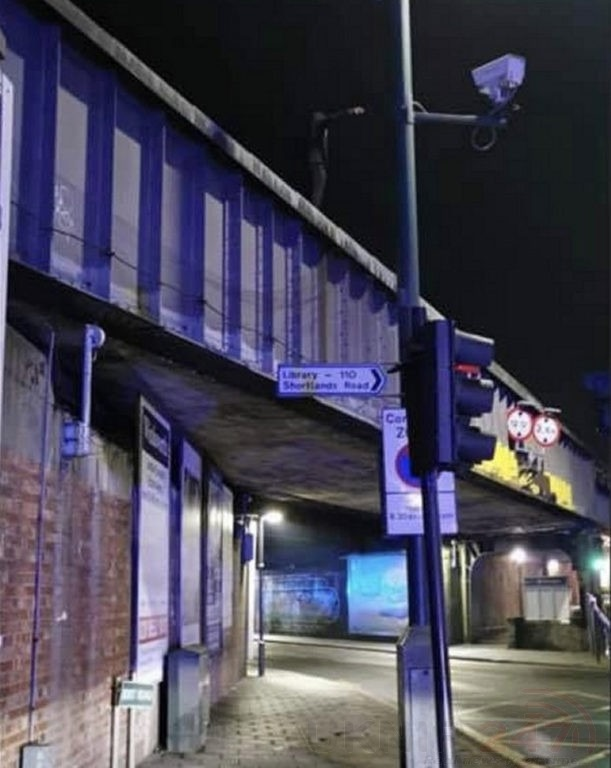 man arrested on top of a railway bridge in bromley