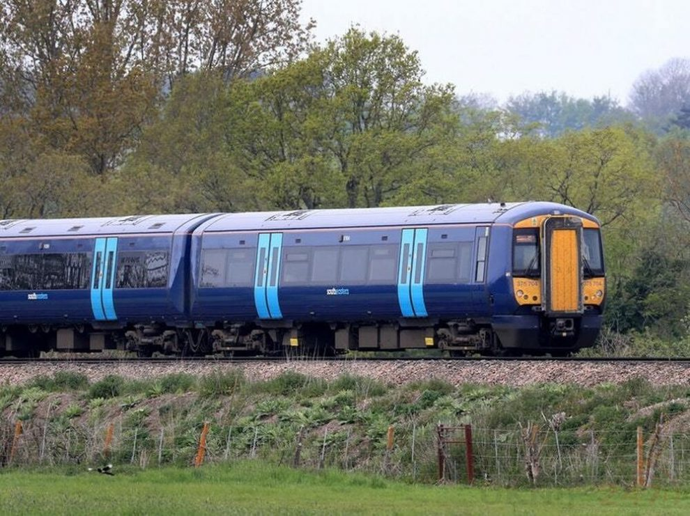 vehicle strike causes chaos on the kent railways as line is blocked