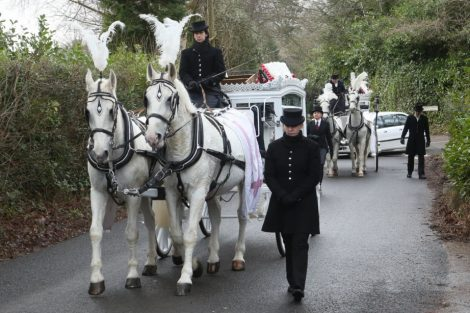big fat gypsy send off in seven oaks for twins billy and joey smith 10