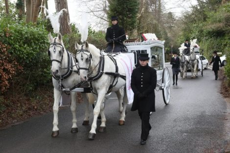 big fat gypsy send off in seven oaks for twins billy and joey smith 11