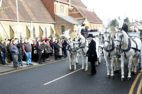 big fat gypsy send off in seven oaks for twins billy and joey smith 23