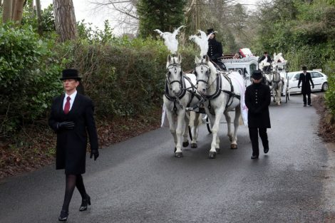 big fat gypsy send off in seven oaks for twins billy and joey smith 8