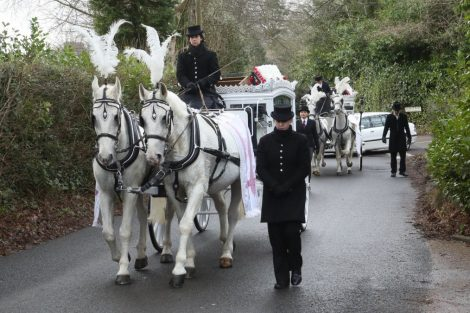 big fat gypsy send off in seven oaks for twins billy and joey smith 9
