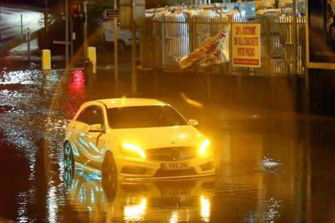 brave or foolish as driver play roulette with flooding in tunbridge 11