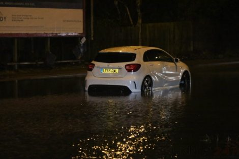 brave or foolish as driver play roulette with flooding in tunbridge 18