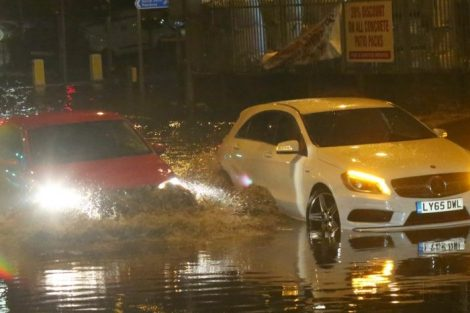 brave or foolish as driver play roulette with flooding in tunbridge 5