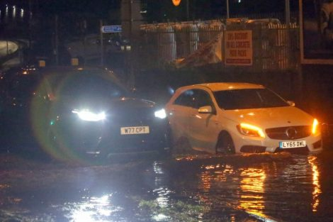 brave or foolish as driver play roulette with flooding in tunbridge 6
