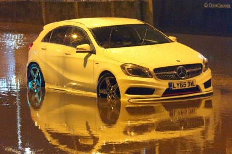 brave or foolish as driver play roulette with flooding in tunbridge 8