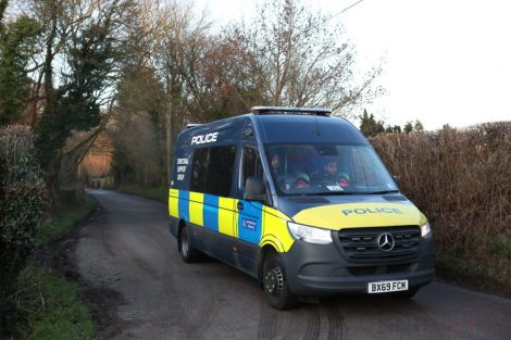 major raid carried out by the met police in sleepy village of biggin hill 2