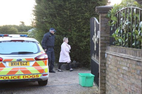 major raid carried out by the met police in sleepy village of biggin hill 3