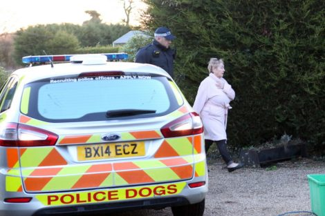 major raid carried out by the met police in sleepy village of biggin hill 4