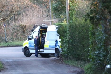 major raid carried out by the met police in sleepy village of biggin hill 6