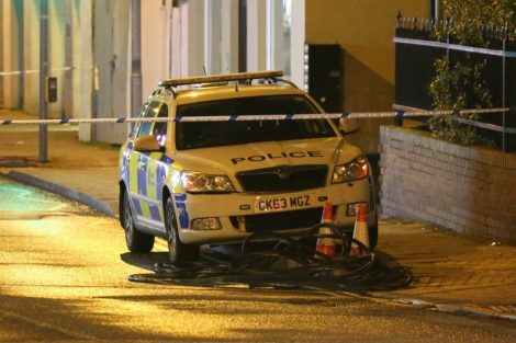 man hold police to ransom on chatham roof top 10
