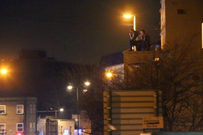 man hold police to ransom on chatham roof top 3