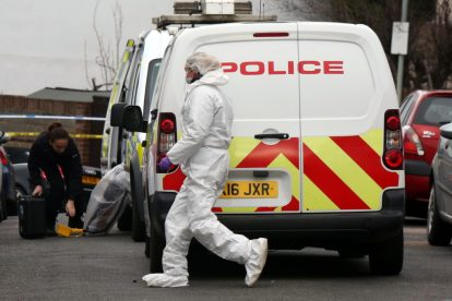 northfleet road in police lockdown after man is violently attacked in his home 4