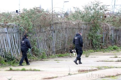 northfleet road in police lockdown after man is violently attacked in his home 42