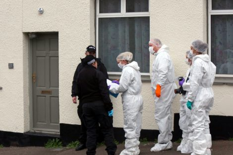 police manhunt continues in murder investigation after man is violently attacked in his home in northfleet 11