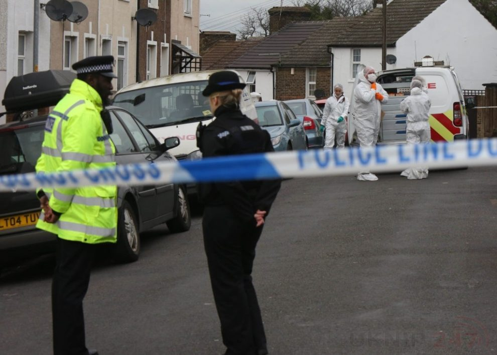 police manhunt continues in murder investigation after man is violently attacked in his home in northfleet 14