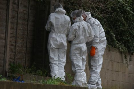 police manhunt continues in murder investigation after man is violently attacked in his home in northfleet 3