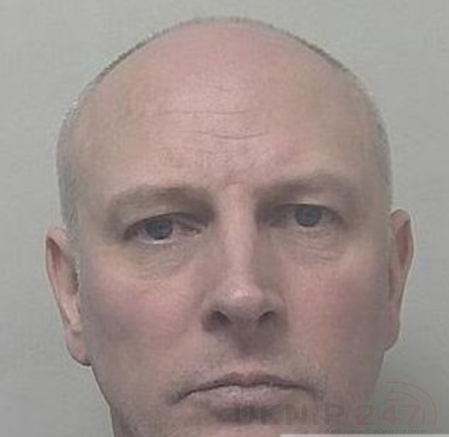 thanet flasher jailed for breaching a ban after he was seen partially dressed in public