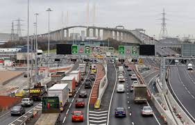 a shopping bag containing almost a kilogram of cocaine has been seized and a man has been charged after a car was stopped by police close to the dartford crossing