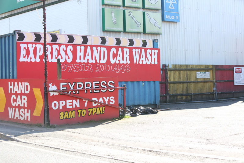 Kent Hand carwash flouts COVID19 law and stays open