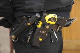 kent police taser man following domestic related call in gravesend
