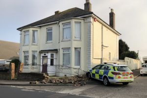 officer escapes injury after crashing into wall in walmer