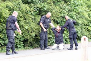 dramatic moment police pull taser on a man suspected of carrying a knife in folkestone 6