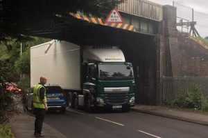 lorry ploughs into railway bridge in kent
