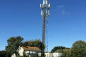 vodafone customers suffering ongoing network coverage issues in maidstone told they can get one month credit 3