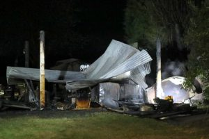blaze destroys out building of 15th century english pub in hook green near lamberhurst 6