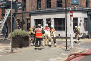 six fire engines and around 40 firefighters have been called to a fire at a pub on stamford street in southwark