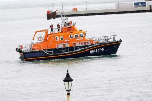 swimmer found dead in dover harbour after search 3