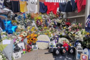 the tributes continue to come from around the world for sgt ratana