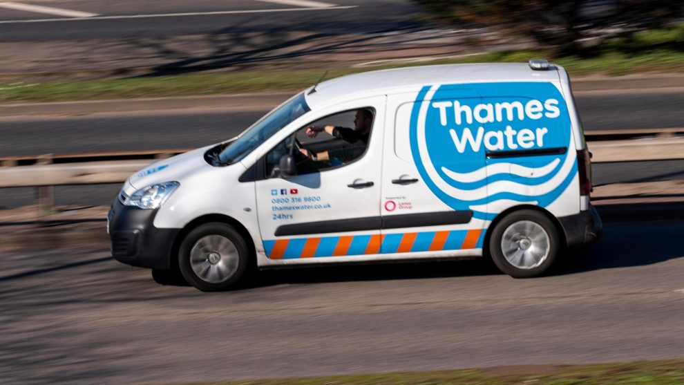 residents are being reminded to be vigilant after a man claimed to be water board worker and stole from a woman in dartford
