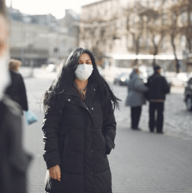 parents urged to wear face coverings on school run to protect others