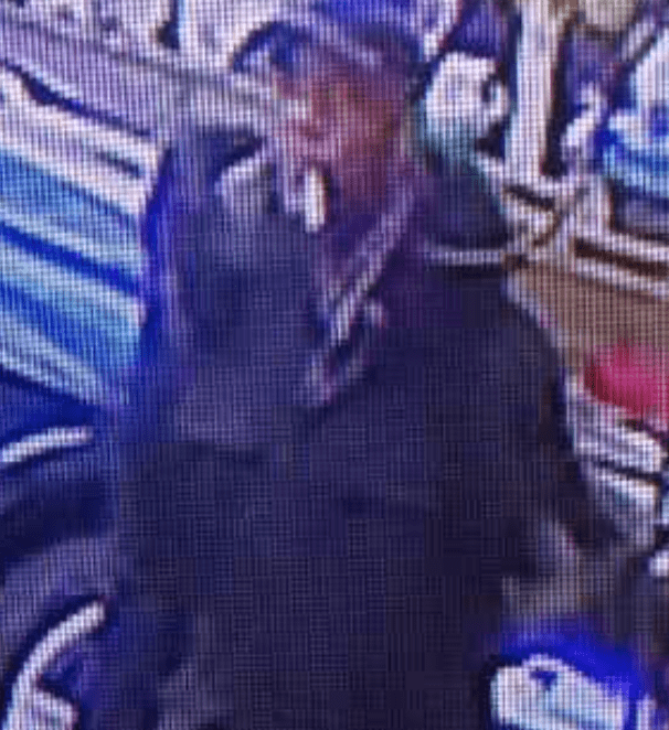 this scumbag broke into a house in bexleyheath stealing jewellery left to owner by her grandparents