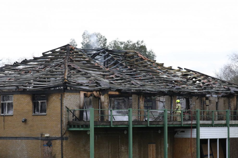 UPDTED:Fire crews called to Controversial Broke Hill Golf Club in Halstead after early morning  a blaze  completely destroys clubhouse